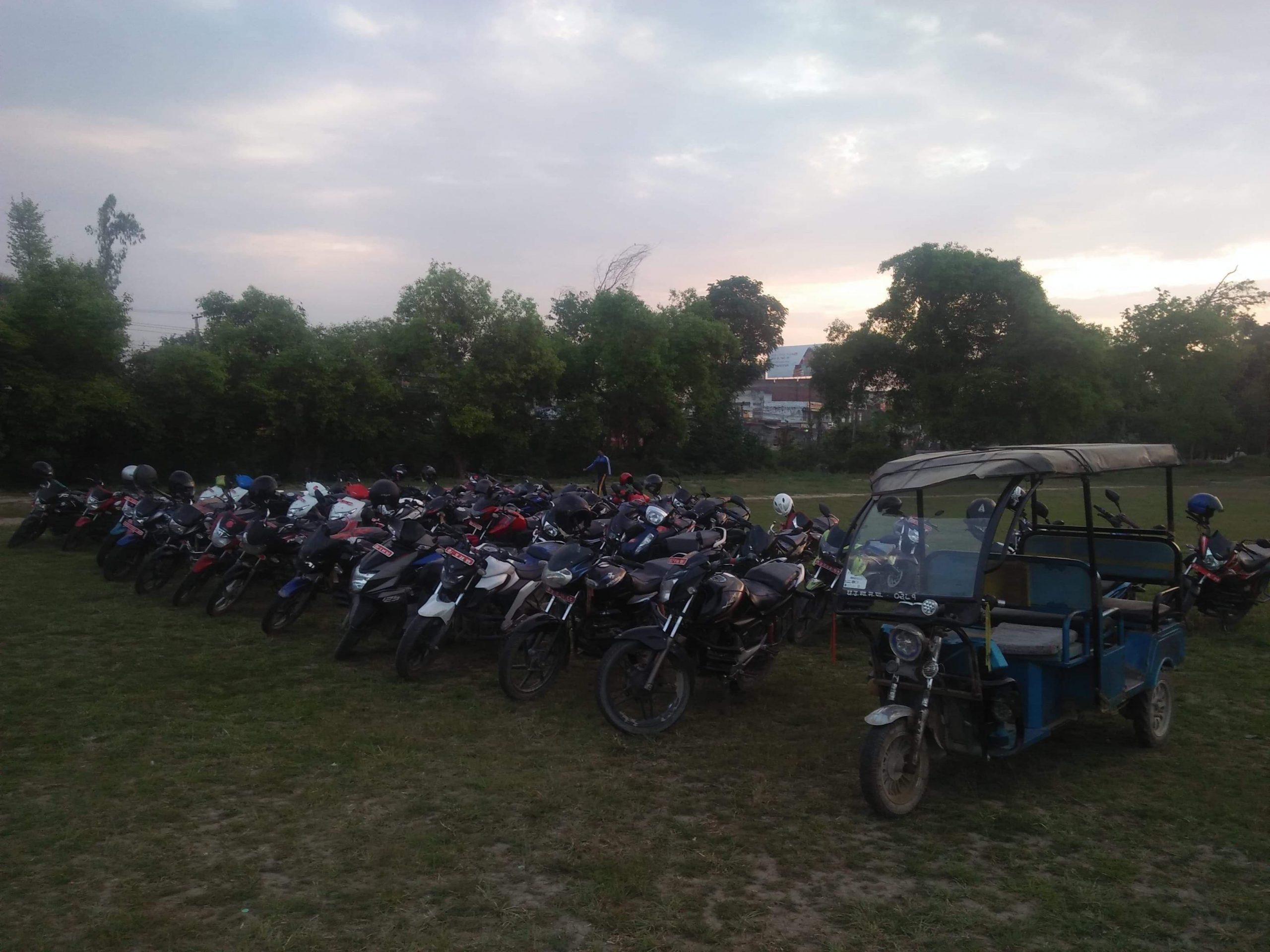 लकडाउनमा कडाई, ५१ मोटरसाइकल नियन्त्रण