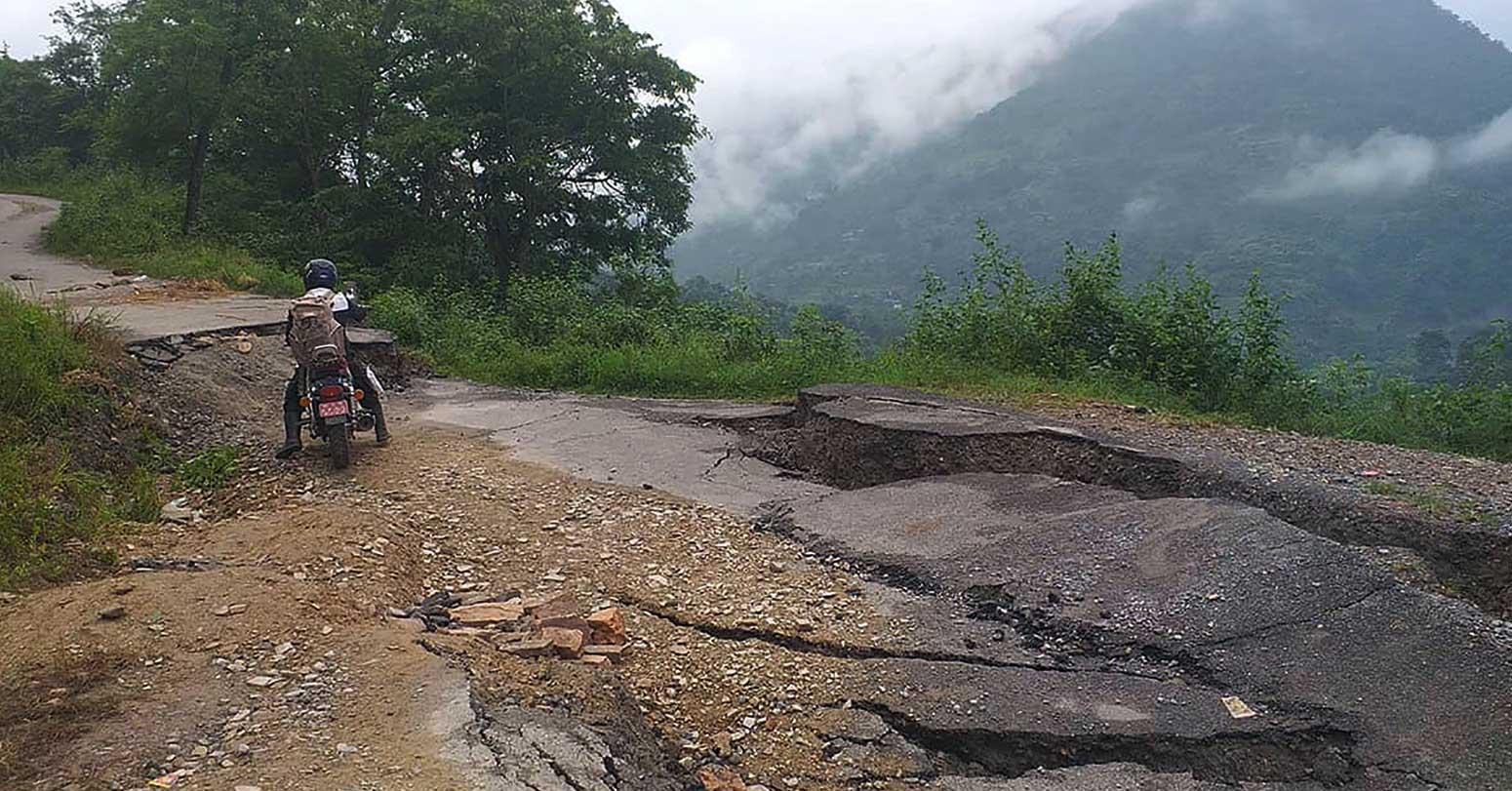 वर्षाले राजमार्ग, जलविद्युत्, पुल र  तटबन्धमा ३ अर्ब ३३ करोडको क्षति