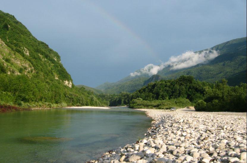 सेती नदीमा बगेर दिपायलका बोगटी बेपत्ता